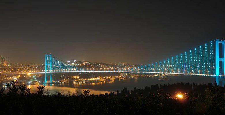 Ночной Стамбул - экскурсии по Босфору, фото
